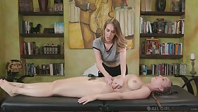 Voluptuous masseuse Cadence Lux gives a cunnilingus to honcho client Lena Paul