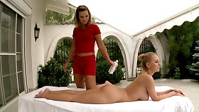 Instead be incumbent on massage Gloria De Francesco enjoy nancy sex with Mandy Dee